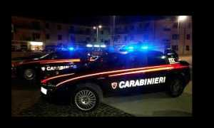 carabinieri notte due auto luci